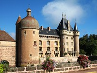 clayette brionnais Burgundy French walking holidays